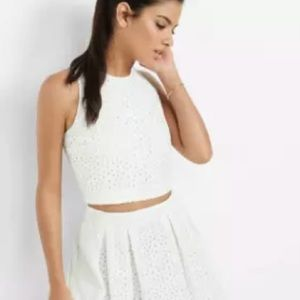 Express Women Eyelet Cropped Top